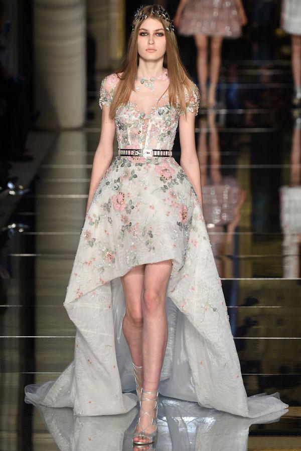 ¡Elegancia y Exclusividad!... Dos vestidos iguales... jamás