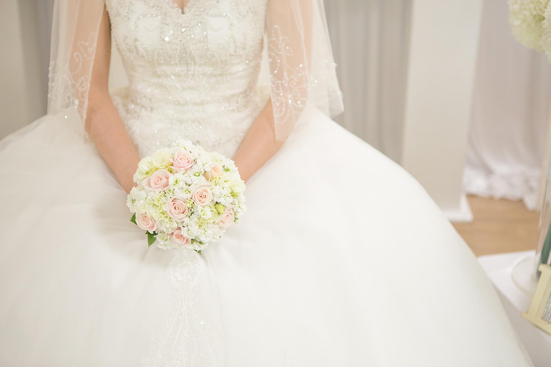 Razones para apostar por un diseño exclusivo en vestidos de novia