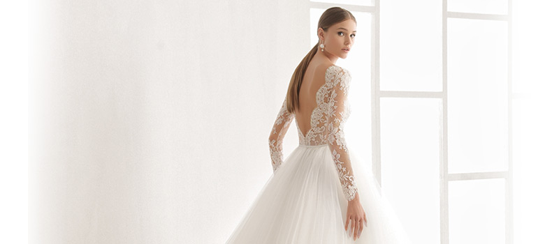 El encanto de la elegancia en bodas - Vestidos de novia en coruña